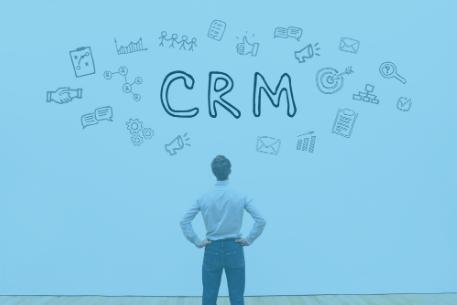 Welke informatie leg je vast in het CRM-systeem?